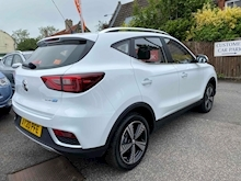 Mg Mg Zs 0.0 Exclusive Hatchback - Thumb 5