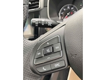 Mg Mg Zs 0.0 Exclusive Hatchback - Thumb 15
