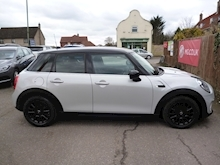 Mini Mini 1.5 Cooper Hatchback - Thumb 6
