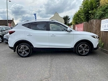 MG Mg Zs 1.0 Exclusive Hatchback - Thumb 6