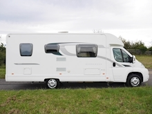 2014 Bessacarr E442 2 Berth - Thumb 4