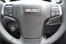 Isuzu D-Max Blade Double Cab 4x4 Pick Up Fitted Roller Lid with Style Bar 1.9 - Thumb 18