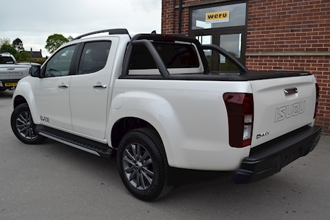 D-Max Blade Double Cab 4x4 Pick Up Canopy 1.9 4dr Pickup Automatic Diesel