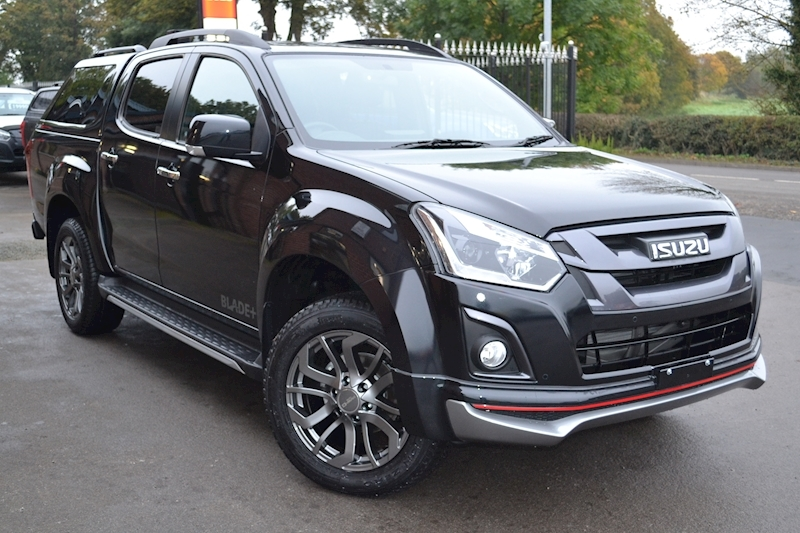D-Max Blade Plus Double Cab 4x4 Pick Up Fitted Glazed Canopy 1.9 4dr Pickup Manual Diesel