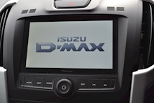 Isuzu D-Max Yukon Nav Plus Double Cab 4x4 Pick Up Fitted Roller Lid and Style Bar 1.9 - Thumb 10