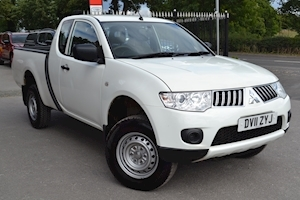 Mitsubishi L200 Di-D 4X4 4Work Club Cab FOR EXPORT SALE NO VAT TO PAY