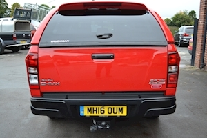 D-Max Fury Double Cab 4x4 Pick Up fitted Glazed Truckman Canopy 2.5 4dr Pickup Automatic Diesel