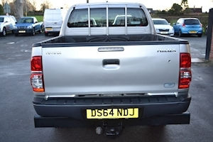 Hilux Active 144 D-4D Double Cab 4x4 Pick Up 2.5 Pickup Manual Diesel