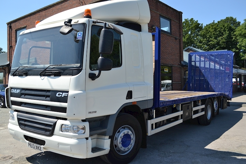 Cf CF 75.310 FAR 6x2 Rear Lift 29ft Beavertail Plant Sleeper Cab 9.2 Beavertail Manual Diesel
