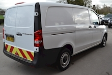 Mercedes-Benz Vito 114 Bluetec 2.1 - Thumb 3