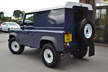 Land Rover Defender 90 Tdci Hard Top 2.2 - Thumb 1