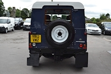 Land Rover Defender 90 Tdci Hard Top 2.2 - Thumb 2