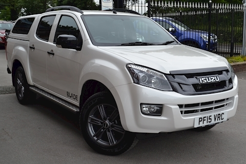 Isuzu D-Max Blade Double Cab 4x4 Pick Up fitted Glazed Canopy NO VAT TO PAY