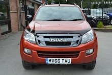 Isuzu D-Max Blade Twin Turbo Limited Edition Double Cab 4x4 Pick Up Fitted Roller Lid and Style Bar 2.5 - Thumb 4
