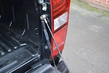 Isuzu D-Max Blade Double Cab 4x4 Pick Up Fitted Roller Lid And Style Bar NO VAT TO PAY 2.5 - Thumb 7