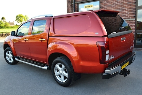 D-Max Utah Double Cab 4x4 Pick Up Fitted Truckman Canopy 2.5 4dr Pickup Manual Diesel