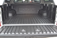 Isuzu D-Max Eiger Double Cab 4x4 Pick Up with Glazed Canopy 1.9 - Thumb 6