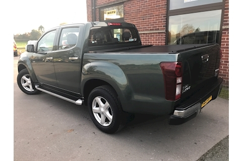 D Max Yukon Vision Double Cab 4x4 Pick Up Fitted Roller Shuute Lid 2.5 4dr Pickup Manual Diesel