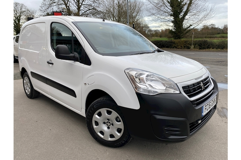 Peugeot Partner Electric SE L1 636 Full Electric Auto 0.0 6dr Panel Van Automatic Electric White