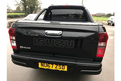 D-Max Blade Double Cab 4x4 Pickup Fitted Roller Lid + Style Bar EU6 164 ps 1.9 4dr Pickup Automatic Diesel