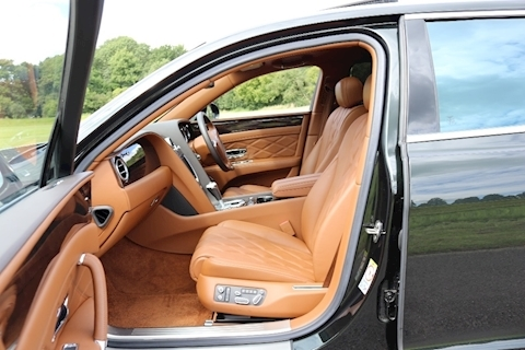 Flying Spur W12 Saloon 6.0 Automatic Petrol