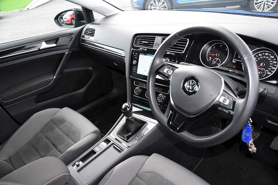 Volkswagen Golf Gt Tdi Bluemotion Technology - Large 11