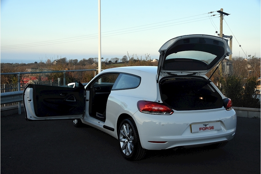 Volkswagen Scirocco Tdi Bluemotion Technology - Large 7