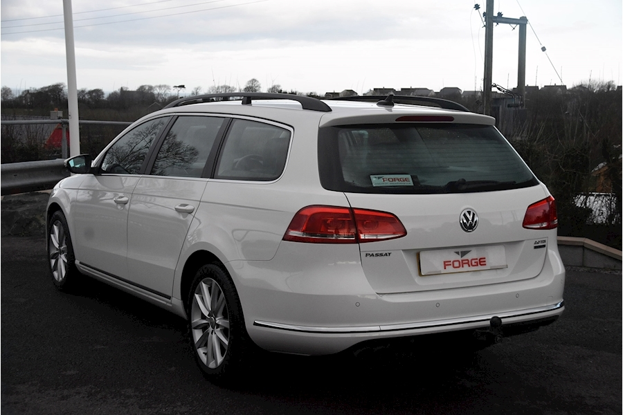 Volkswagen Passat Executive Tdi Bluemotion Technology - Large 5
