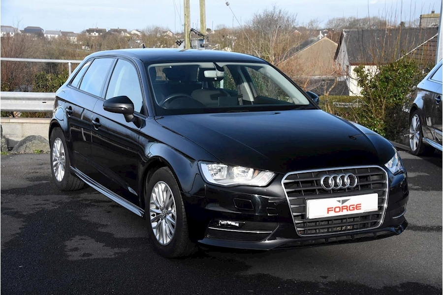 Audi A3 Tdi Ultra Se Technik - Large 0