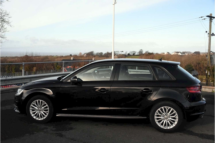 Audi A3 Tdi Ultra Se Technik - Large 6