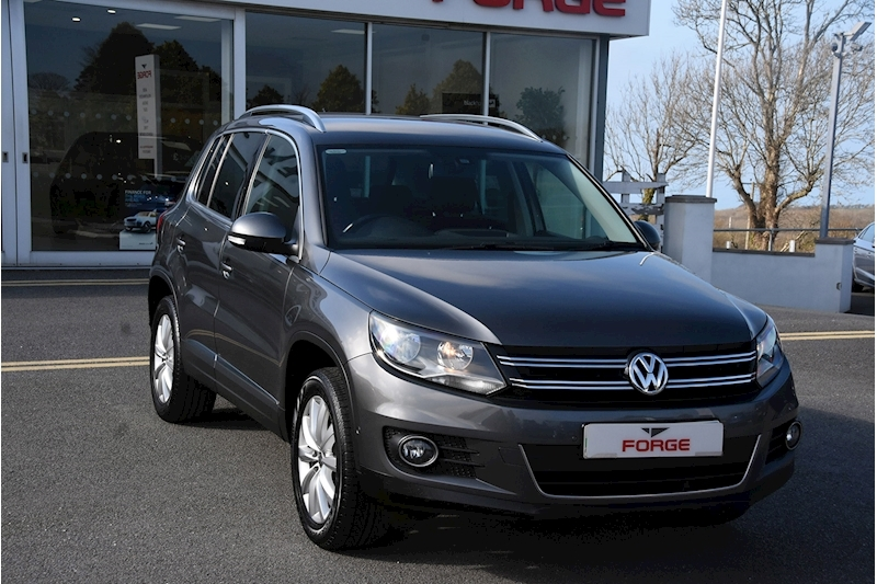 Volkswagen Tiguan Match Tdi Bluemotion Technology 4Motion - Large 0
