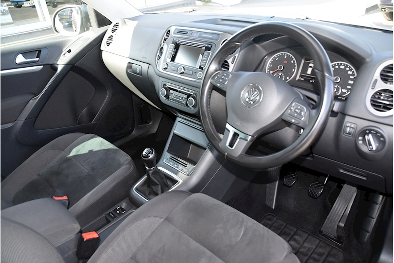 Volkswagen Tiguan Match Tdi Bluemotion Technology 4Motion - Large 9