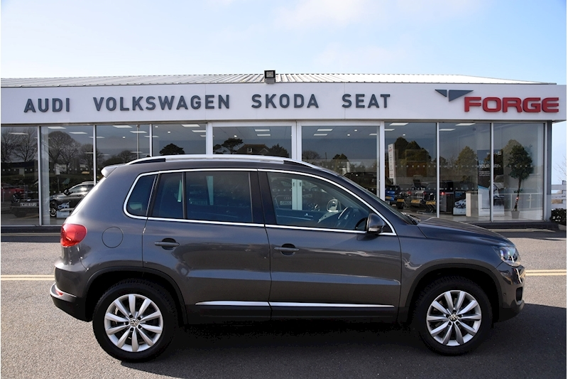Volkswagen Tiguan Match Tdi Bluemotion Technology 4Motion - Large 6