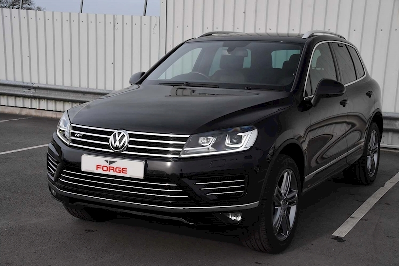 Volkswagen Touareg V6 R-Line Tdi Bluemotion Technology - Large 2