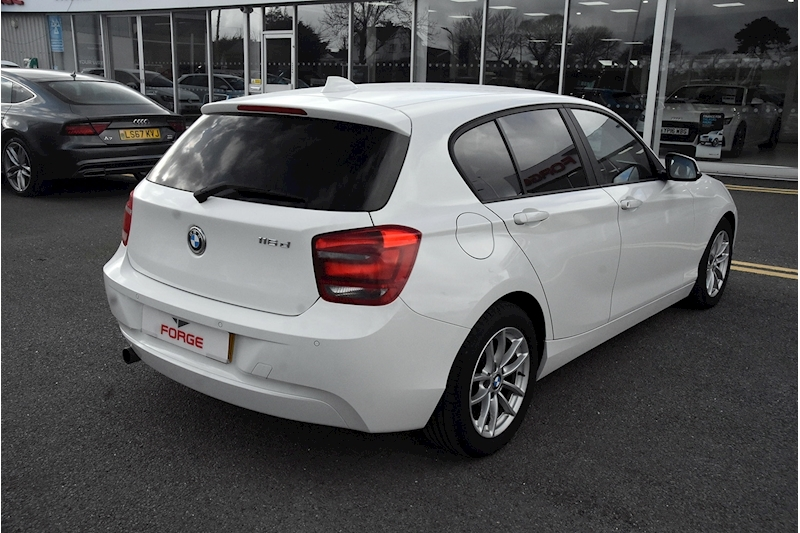BMW 1 Series 116D Efficientdynamics - Large 3