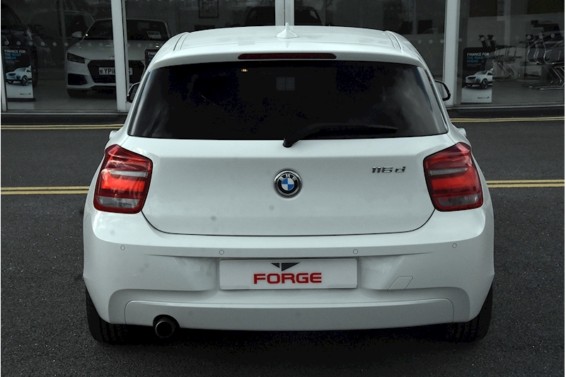BMW 1 Series 116D Efficientdynamics - Large 4