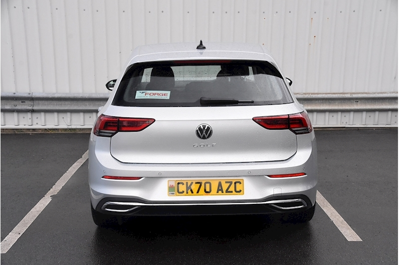 Volkswagen Golf Style - Large 7