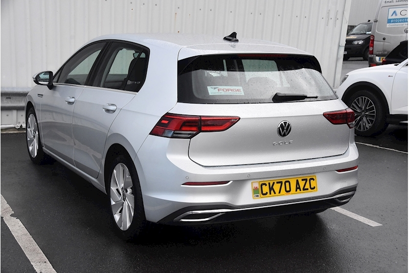 Volkswagen Golf Style - Large 11
