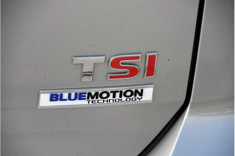 Volkswagen Golf TSI BlueMotion Tech GT Edition - Large 13