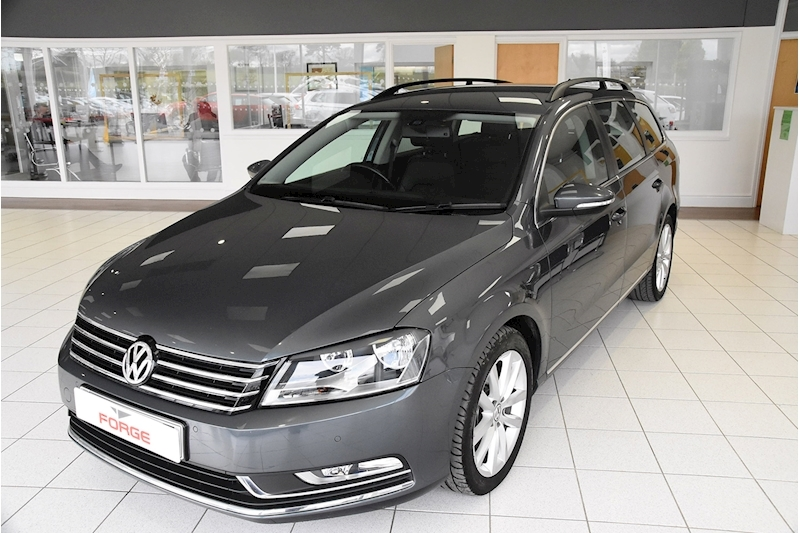 Volkswagen Passat TDI BlueMotion Tech Executive - Large 2