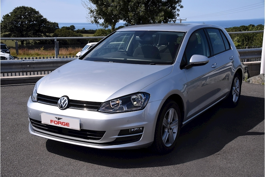 Volkswagen Golf Match Tsi Bluemotion Technology - Large 0