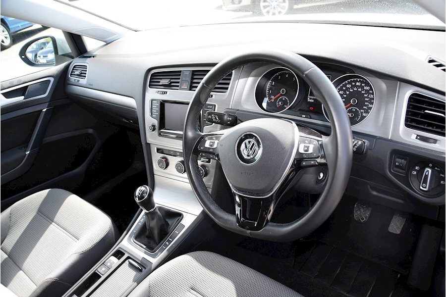 Volkswagen Golf Match Tsi Bluemotion Technology - Large 9