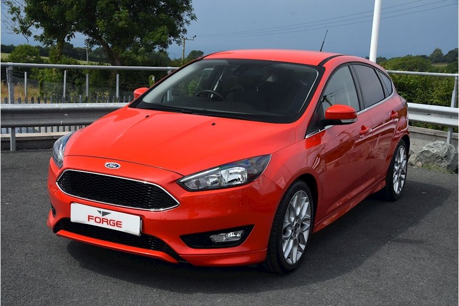 Ford Focus Zetec S Tdci - Large 0