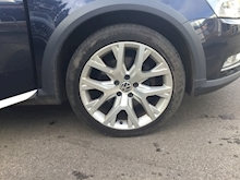 Volkswagen Passat 2.0 Alltrack Tdi Bluemotion Tech 4Motion Dsg (PANORAMIC SUNROOF+SATNAV) - Thumb 17