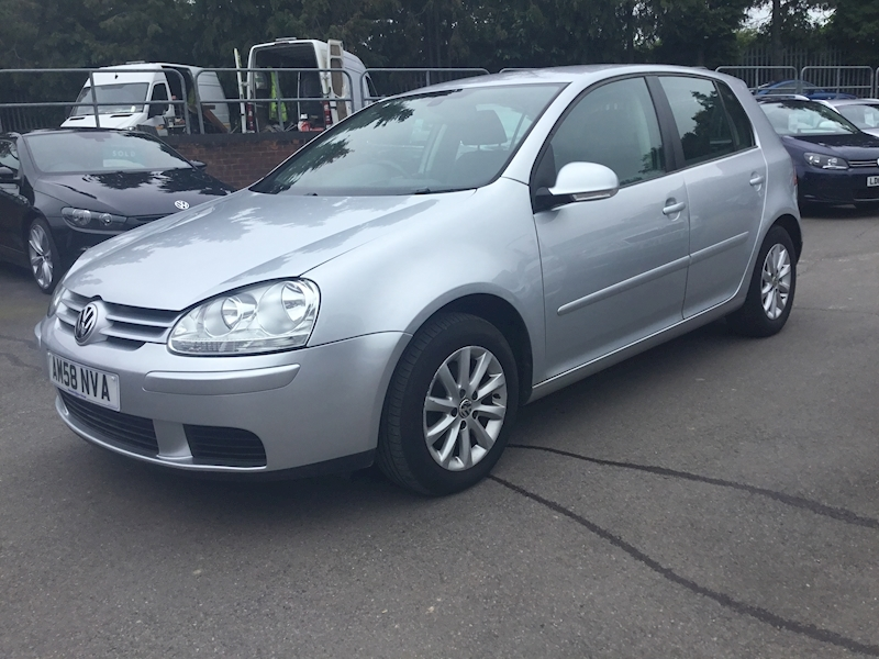 Volkswagen Golf 1.9 Match Tdi 105