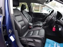 Volkswagen Golf 1.6 Match Tdi (FULL HEATED LEATHER) - Thumb 11