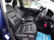 Volkswagen Golf 1.6 Match Tdi (FULL HEATED LEATHER) - Thumb 17