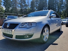 Volkswagen Passat Sport (115Bhp) (ONE PRIVATE OWNER) - Thumb 2