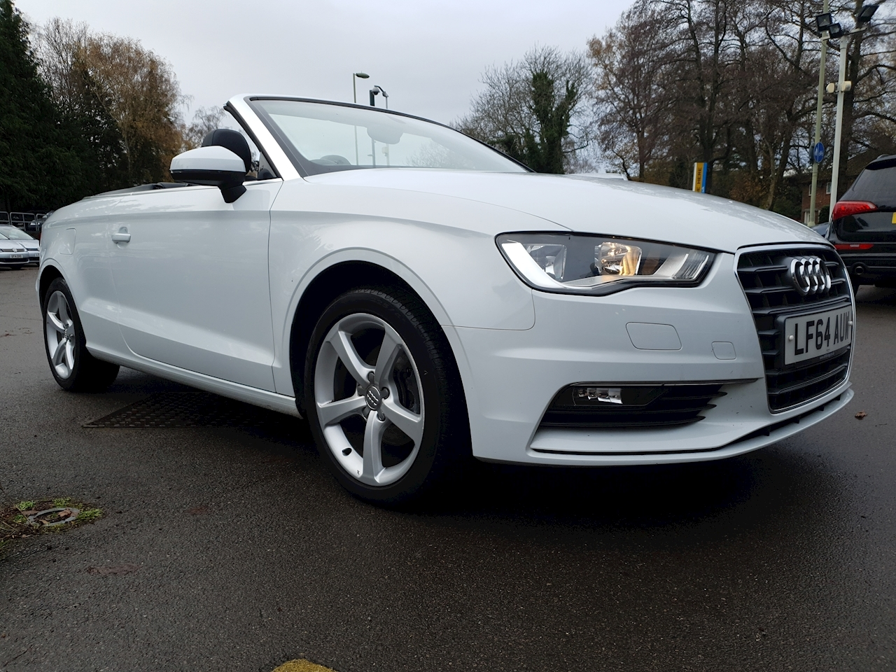 Audi 2.0 TDI Sport Cabriolet 2drWITH £3540 OF FACTORY OPTIONS)  Diesel S Tronic (122 g/km, 148 bhp)