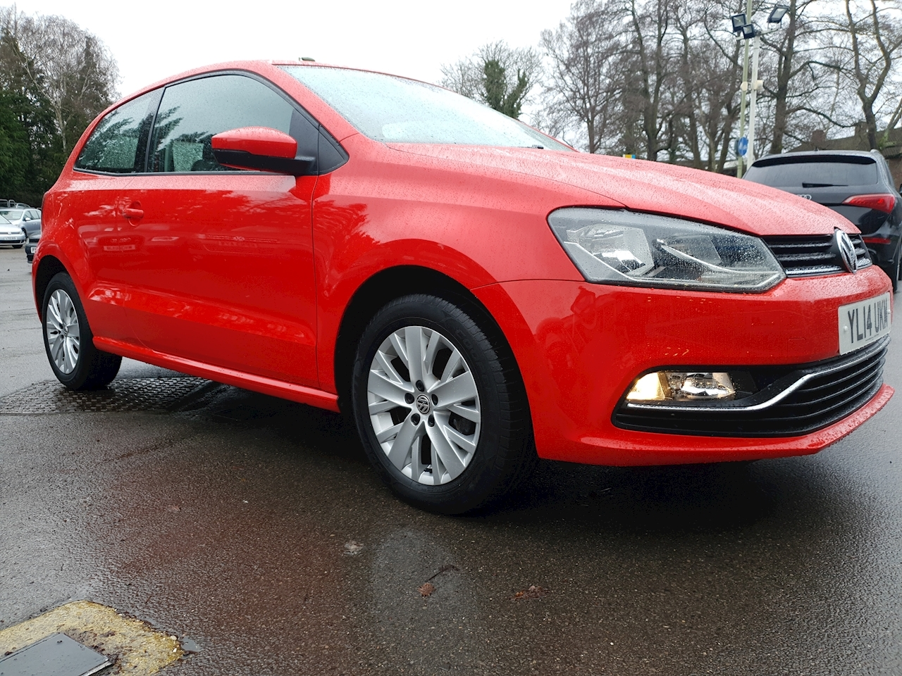 Volkswagen 1.0 BlueMotion Tech SE Hatchback 3dr Petrol Manual (s/s) (106 g/km, 59 bhp)